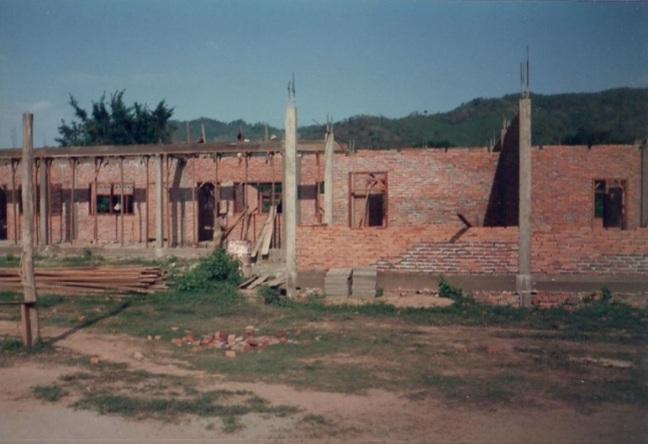constructingschoolroom_1991